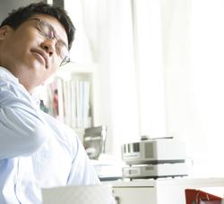 腰痛・肩こりは歯が原因の事も!